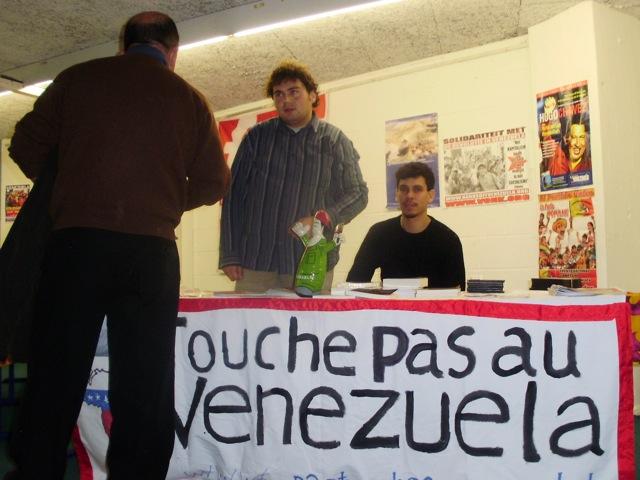 Veel bijval voor revolutie in Venezuela op Che Presente 08