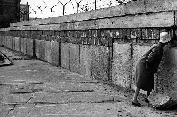 """Afbeeldingsresultaat voor fotos berlijnse muur"""""""